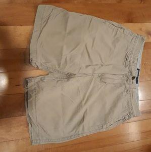 American eagle shorts (khaki grey)